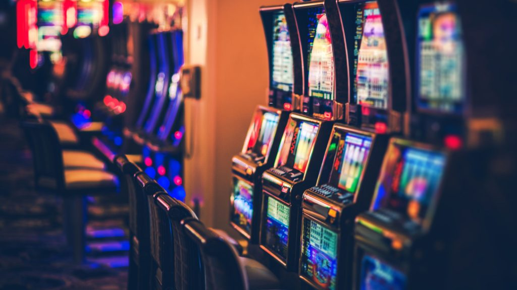 Significance of playing the Online Slots games